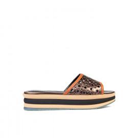 Dámské pantofle s perforací Baldinini